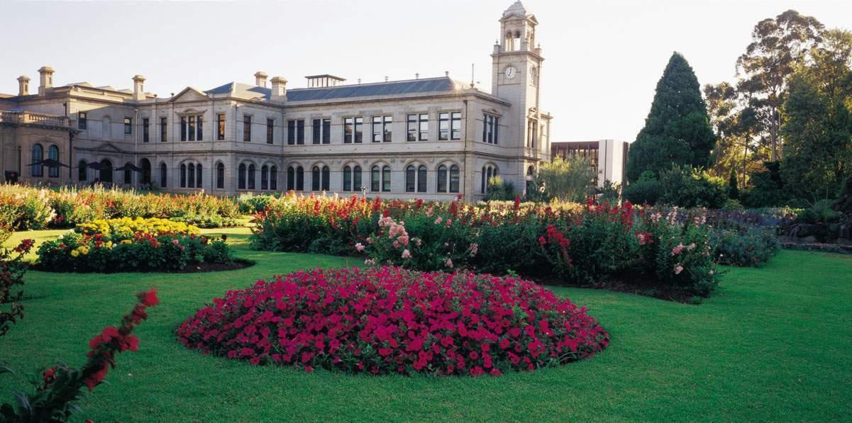 Lancemore  Mansion Hotel Werribee Park